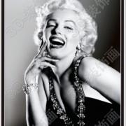 B&W Marilyn Image 1